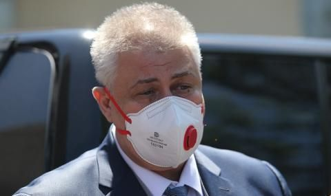 """Шефът на """"Пирогов"""": Редно е поне още един месец да бъдат тези мерки"""