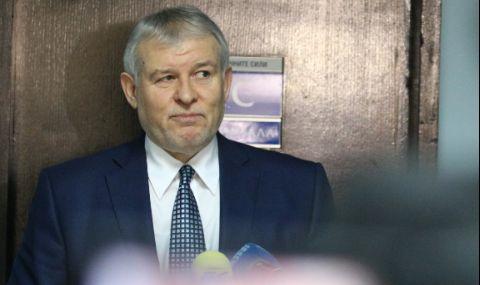 Лидерът на СДС се готви за гръмка победа с ГЕРБ на изборите