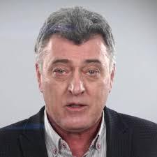 Актьорът Веселин Калановски отнова е водач на Демократична България в Ямбол