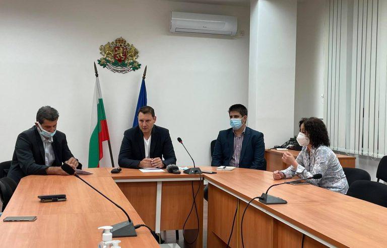 Губернаторът Г. Чалъков: Строежът на болницата напредва, подготовката на изборите върви нормално