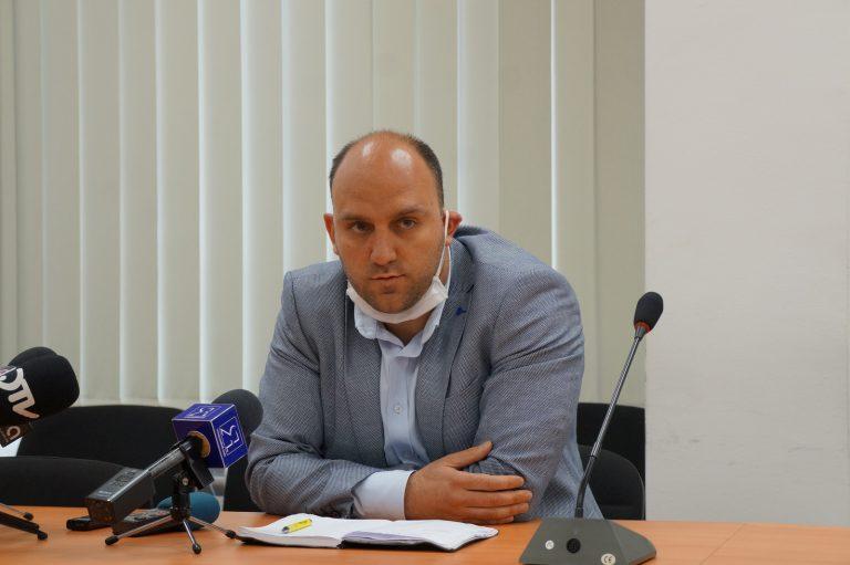 За втори път директорът на Ямболската болница д-р Рунков не може да издържи конкурса на МЗ за легитимното му избиране