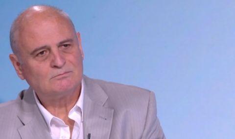 Проф. Радулов: Всички шефове в спецслужбите в последните 10 г. са назначени след интервю с Пеевски