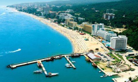 """Румънски, чешки и полски туристи пристигнаха на """"Златни пясъци"""""""