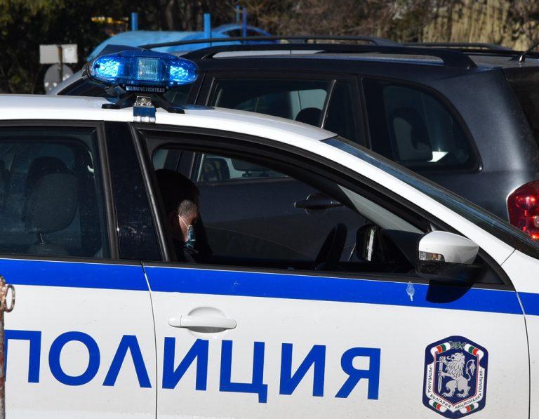 Шофьор на БМВ от Ямбол в екшън с патрулка, оказва съпротива при ареста