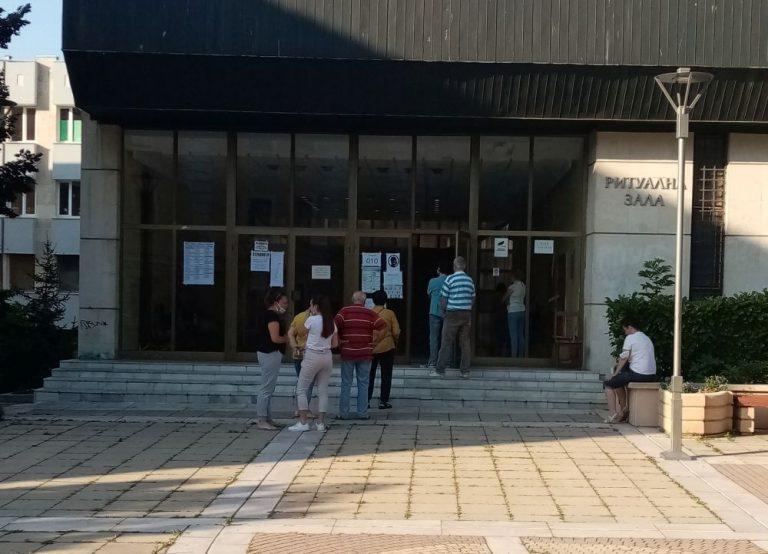 13.31 процента е избирателната активност в Ямболско към 11.00 часа