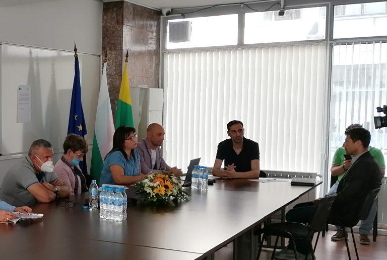 "Фирма на бивш шеф на ""Фонд затворно дело"" ще строи Кризисен център по проект на община Ямбол"
