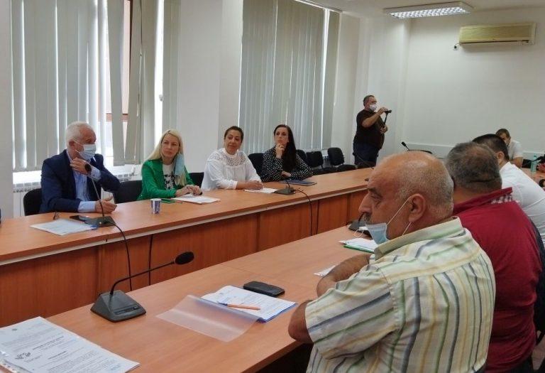 Партиите спориха за председателското и секретарското място в РИК – Ямбол