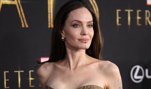 Дъщерята на Джоли шашна всички (СНИМКИ)