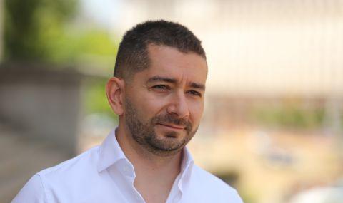 Политологът Слави Василев: Борисов научи хората да протестират