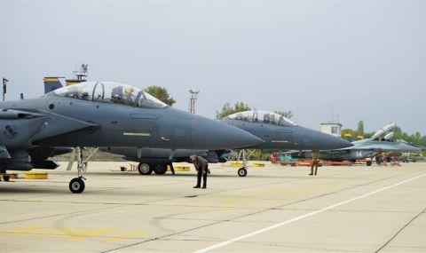 US eкипажи на F-15 Е се пребазираха в авиобаза Граф Игнатиево